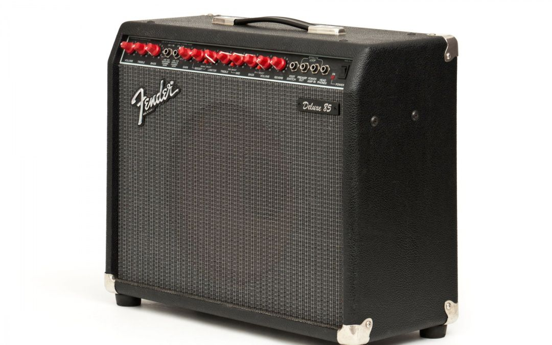 fender deluxe 85 hoes